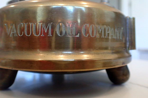 03 Vacuum Oil.JPG