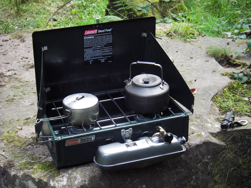 Coleman 424, manufactured in 2006 | Classic Camp Stoves