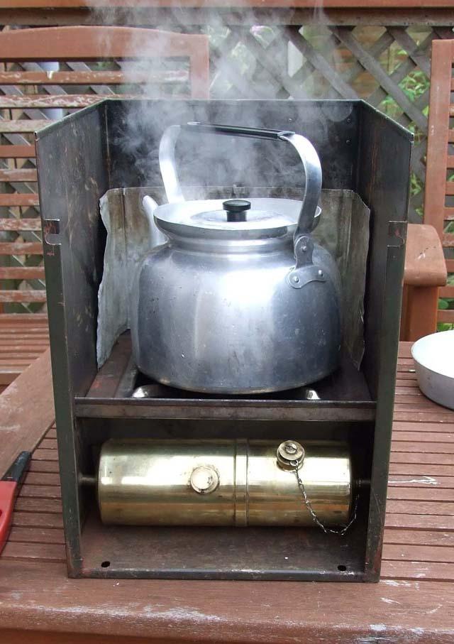 1283603890-stoves_008b.jpg
