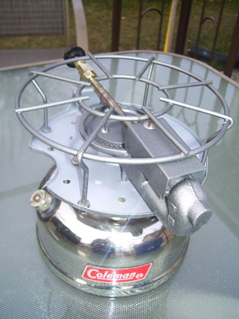1299352029-coleman__500_stove_Canada_003_opt.jpg