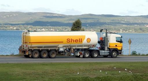 1317083262-Shell_tanker_truck_small.jpg