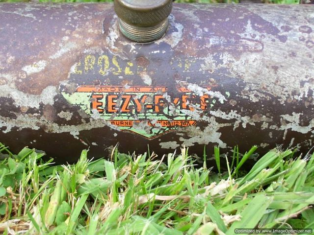 1357641981-EEZY_FYRE_-Tank_lable.jpg