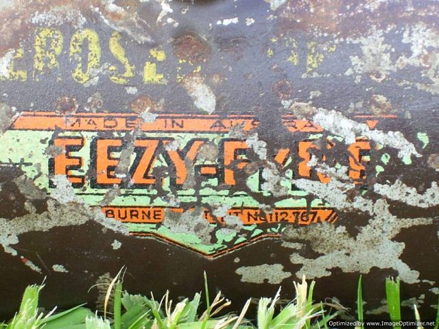 1357642002-EEZY_FYRE_-Tank_lable_close_up.jpg