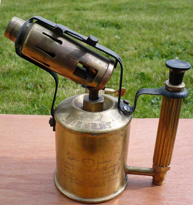 1404847375-Blanking-plugs-Blowlamp-1.jpg