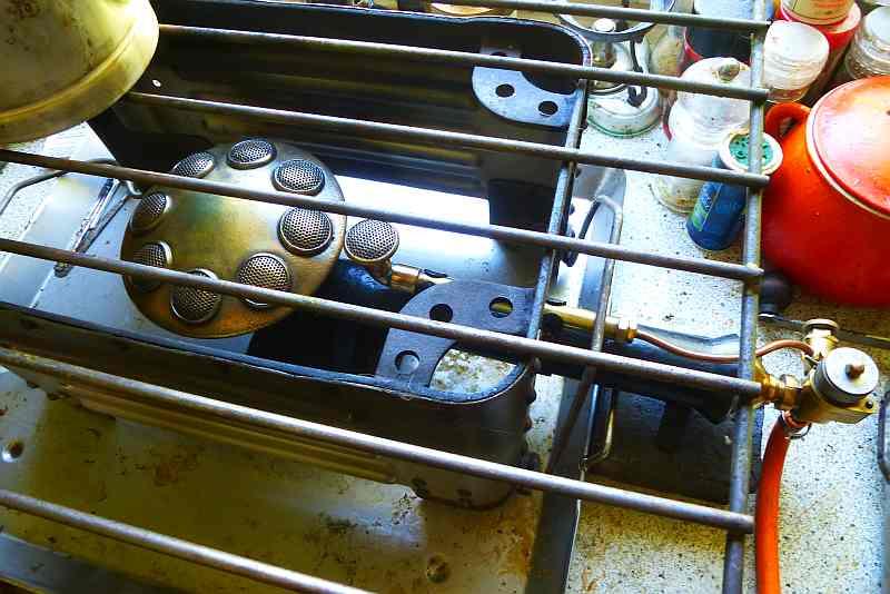 Hockerkocher Gasbrenner 07 ccs.jpg
