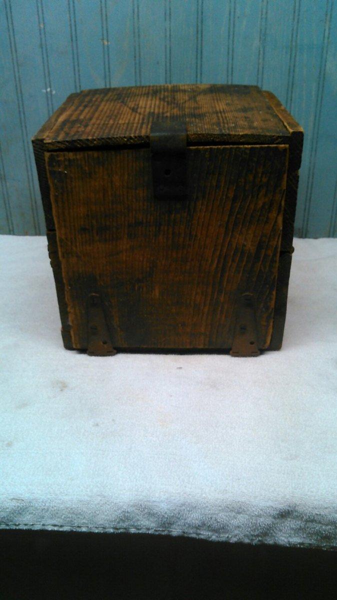 Juwel Stove Box.jpg