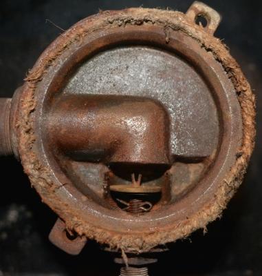 side burner closing mechanism.jpg