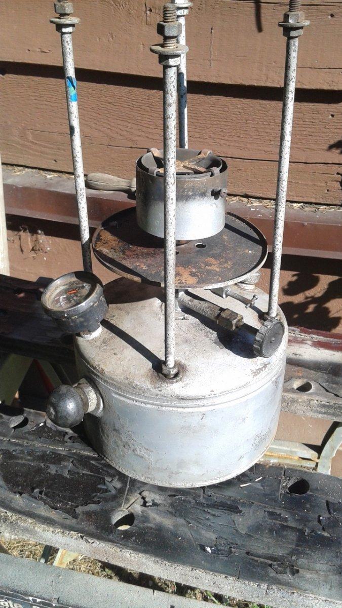single burner ,ilitary stove  BEFORE model N Lamp 001.jpg