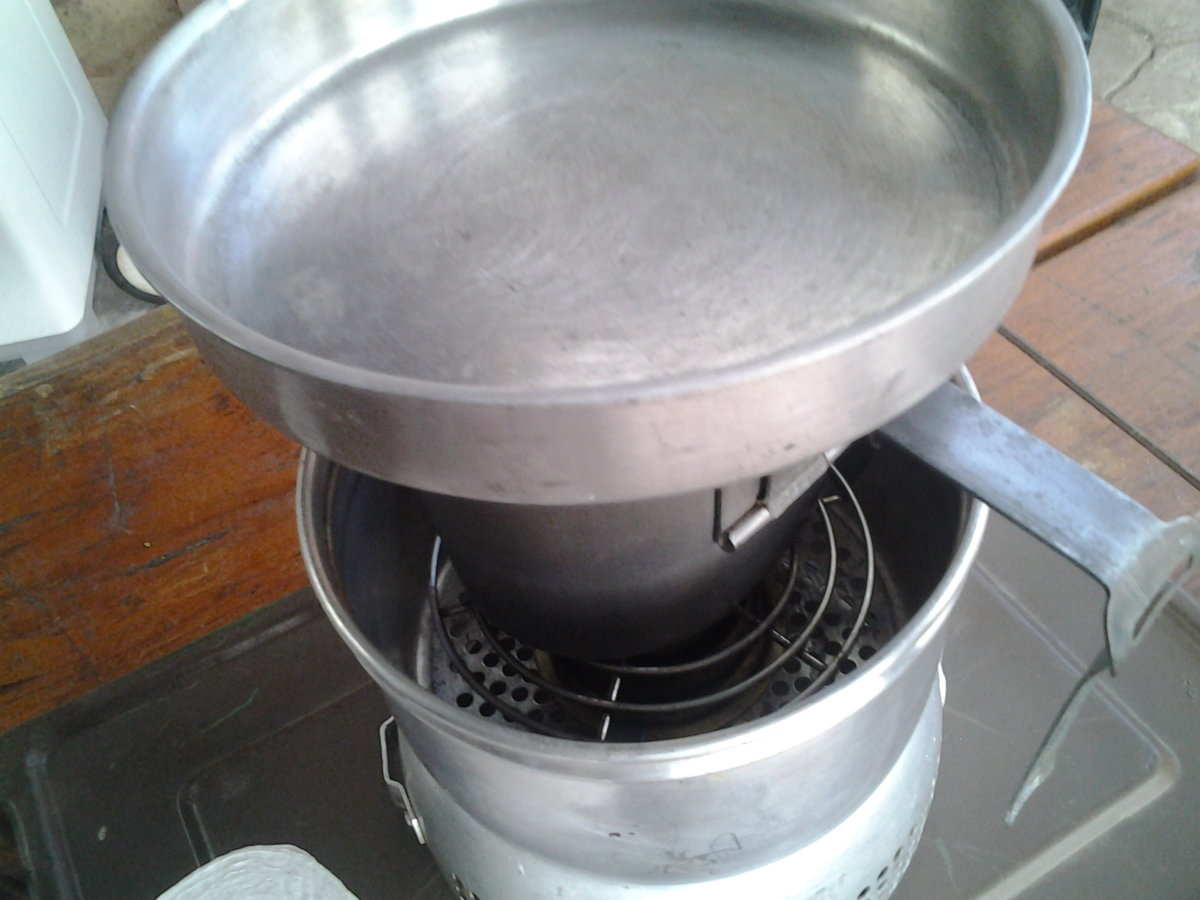 trangia kit how to get boiled water and cook.jpg